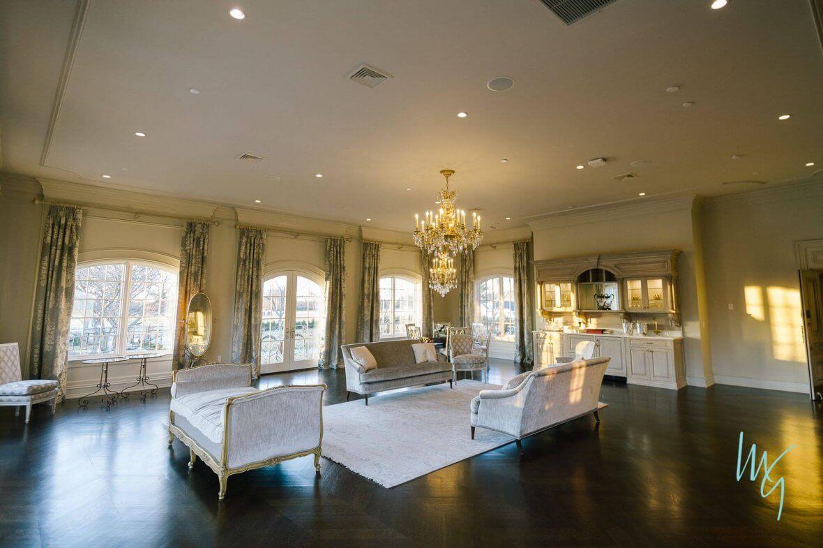 Bridal & Grooms Suite